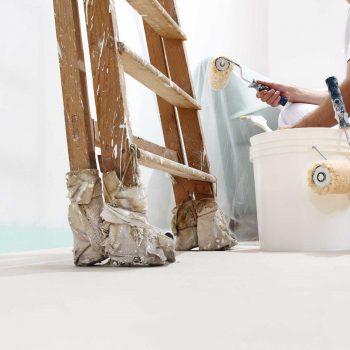 Wand Maler und Spachteln