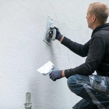 Putzarbeiten für Wände und Fassaden
